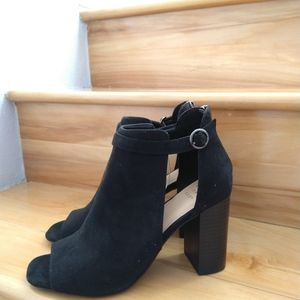 A new day black high heels size 9.5